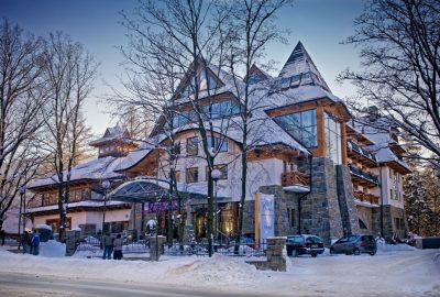 mountain_skiing_Poland_Zakopane_crocus_129729